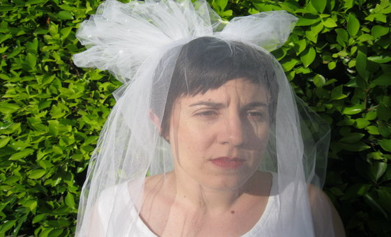 short haired bride