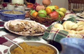Woman Dusts off 'Both Sides are Terrible' Stance for Thanksgiving