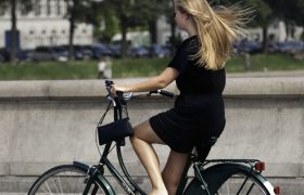 5 Bottoms That Still Won't Make It Easy To Put Your Vagina On A Bicycle