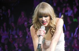 Taylor Swift Adds Record 84th Best Friend