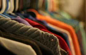 Same Blouse Brought to Record Fifth Clothing Swap