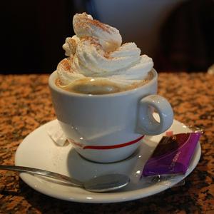 Salty Caramel Dessert Latte