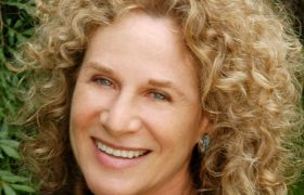 Carole King Songs That Evoke Mom's Old Lovers In Time For the Holidays