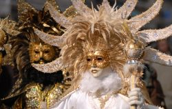 woman carnaval mask