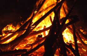 4 Fabulous Autumn Bonfires to Dance Around and Accidentally Fall Into