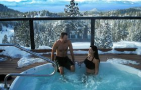 5 Jacuzzi Sex Moves Worth the UTI