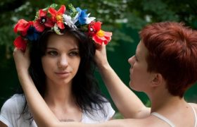 3 DIY Flower Crowns That Command Respect