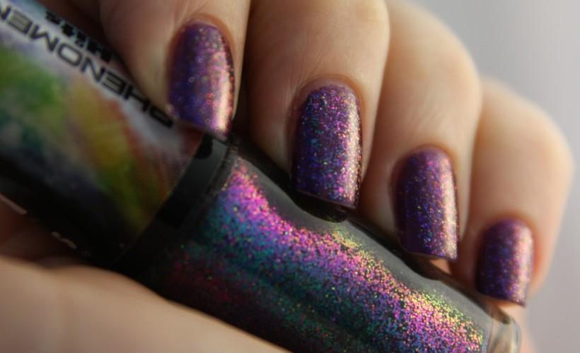 Glitter_nail_polish_(purple)