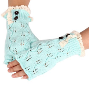 6. crochet knit gloves