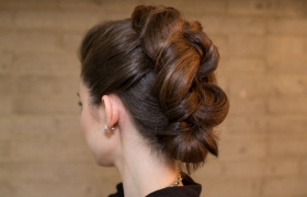 Sophisticated Updos You Can't Try Because Your Hair Is Too Short