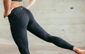 Woman Has Wonderful 10 Seconds Before Spandex Rides Up Again