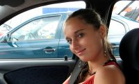 Girl_in_car