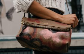 Study: Most Successful Women Don't Throw Trash in Their Purse