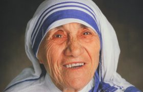 7 Mother Teresa Quotes To Remind You That All Other Women Are Enemies