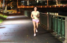 How to Get Men to Chase You But Not When You're Jogging at Night