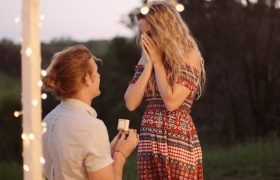 5 Signs He's Not That Into This Proposal