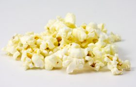 How to Replace Every Snack With Popcorn Until Your Gums Bleed