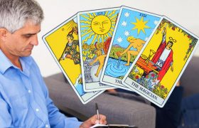 4 Tarot Cards Way More Clarifying Than Anything Your Stupid Therapist Would Say