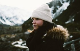 4 Cute Winter Hats That Can Transition From Winter to the Coming Revolution