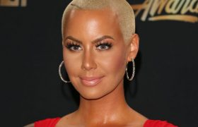 Amber Rose Showed Off A Bush So Good, Actual Bushes Are Pissed