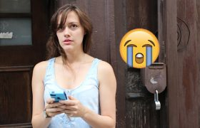 4 Obvious Cries for Help Your Friends Will Respond to With a Sad Emoji