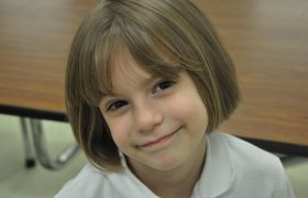 Wow! This 7-year-old Girl Is Rejecting Compliments at A 6th Grade Level