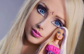 6 Photos of the Human Barbie That Are Feminist Cause She Chose To Be This Way
