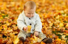 Toddler Obsessed With Leaf Already Destined to Be a Huge Dork