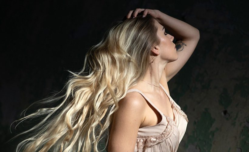 woman with wavy hair