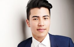 young-man-in-a-corporate-suit-face-portrait_800