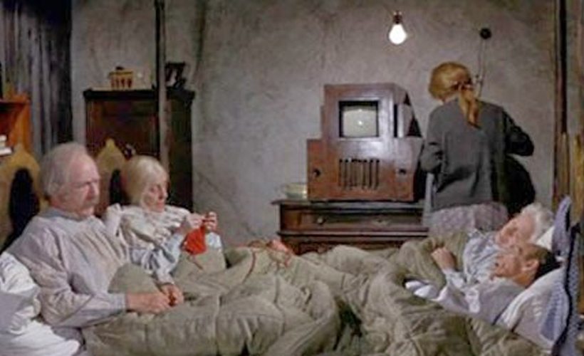 charlie's four grandparents in bed