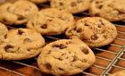 How To Lose Weight When You Keep Finding Cookies Everywhere